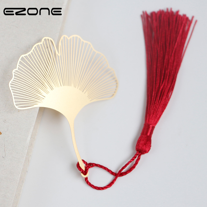 EZONE Chinese Style Bookmark For Raeding Design Of Cute Ginkgo Biloba Shape With Tassel Pendant Hollow Book Mark School Supply