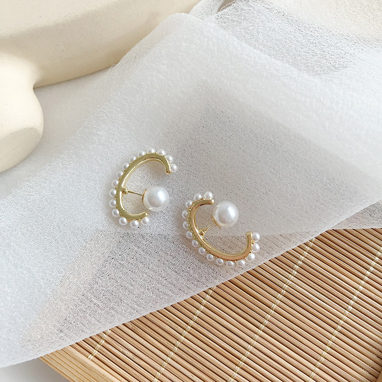 Korean Temperament Simple Gold Semicircle Pearl Earrings for Women Design Metal Dangle Earrings Aretes De Mujer Modernos 2019 in Drop Earrings from Jewelry Accessories