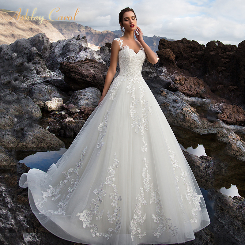 Ashley Carol Appliques A-Line Wedding Dress 2019 New V-neck Sleeveless Lace Up Court Train Vintage Bridal Gown Vestido De Noiva