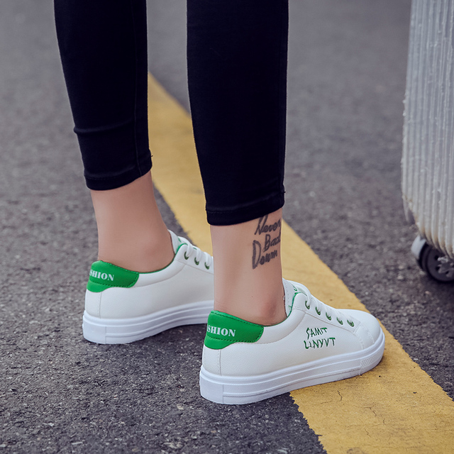 Women White Shoes Summer Casual Shoes 2019 Fashion Vulcanized Shoes Lace-up Autumn Designer Sneakers Platform Student Flats