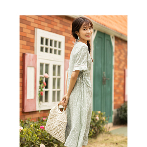 Image 2 - INMAN Summer New Arrival Lace O neck Literary Floral Short Petal Sleeve Women Dress