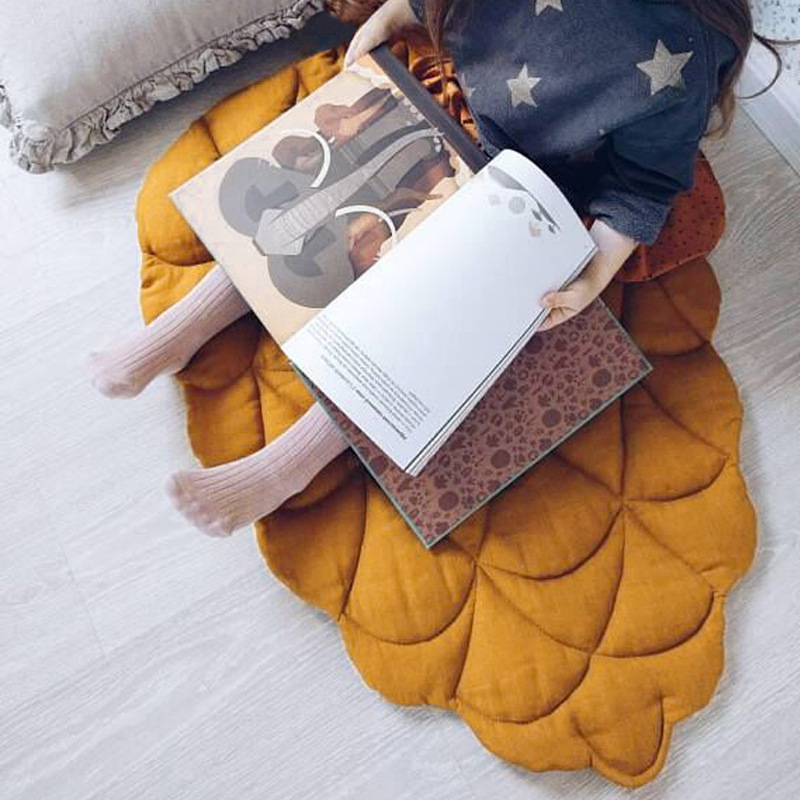 2019 New Arrived Creative Funny Pine Cone Shape Baby Blanket Play Game Mat Kid Crawling Carpet Children 's Home Decor Best Gift Rug     - title=
