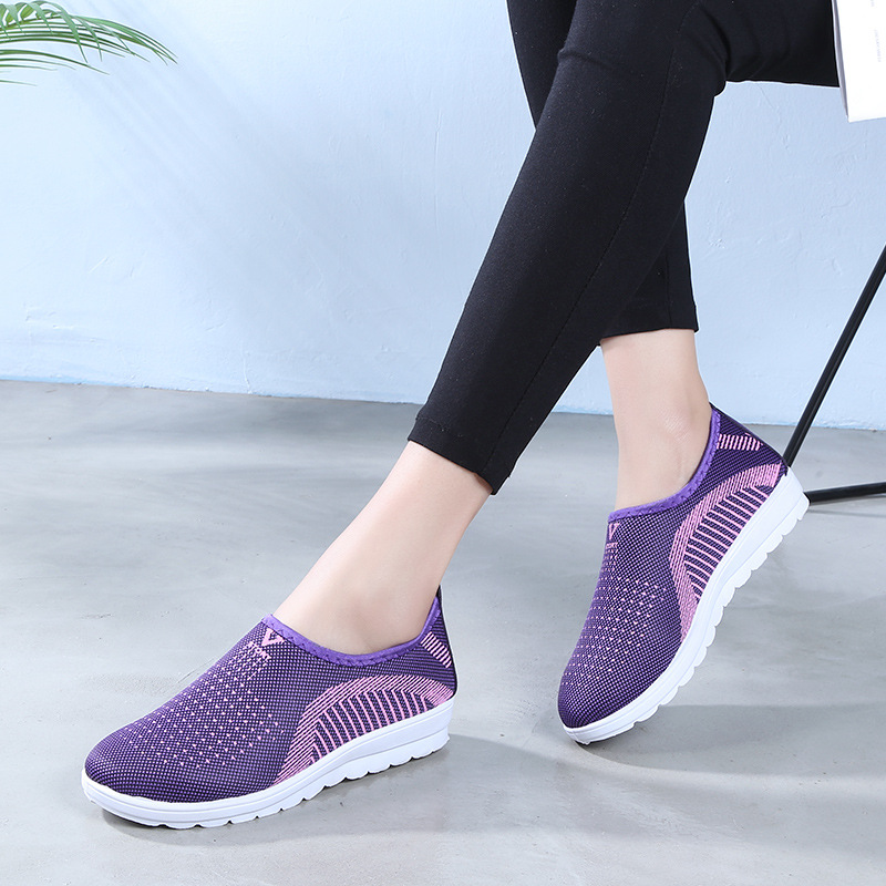 Factory Outlet Breathable Mother Slip-On Shoes Woman Cheap Outdoor Fashion Sneakers Women Flat Shoes Women Ladies Summer Loafers(China)