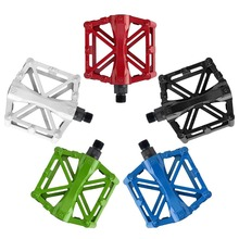 цены на 1 Pair Bicycle Pedal Mountain Road Bike Pedals Aluminum Alloy Multicolor Outdoor Riding Sport Durable Pedal Cycling Accessories  в интернет-магазинах