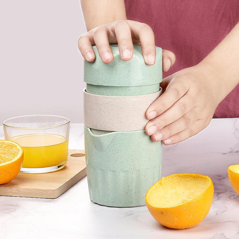 Hot Portable 300ml Manual Citrus Juicer For Orange Lemon Fruit Squeezer Original Juice Child Healthy Life Potable Juicer Blender