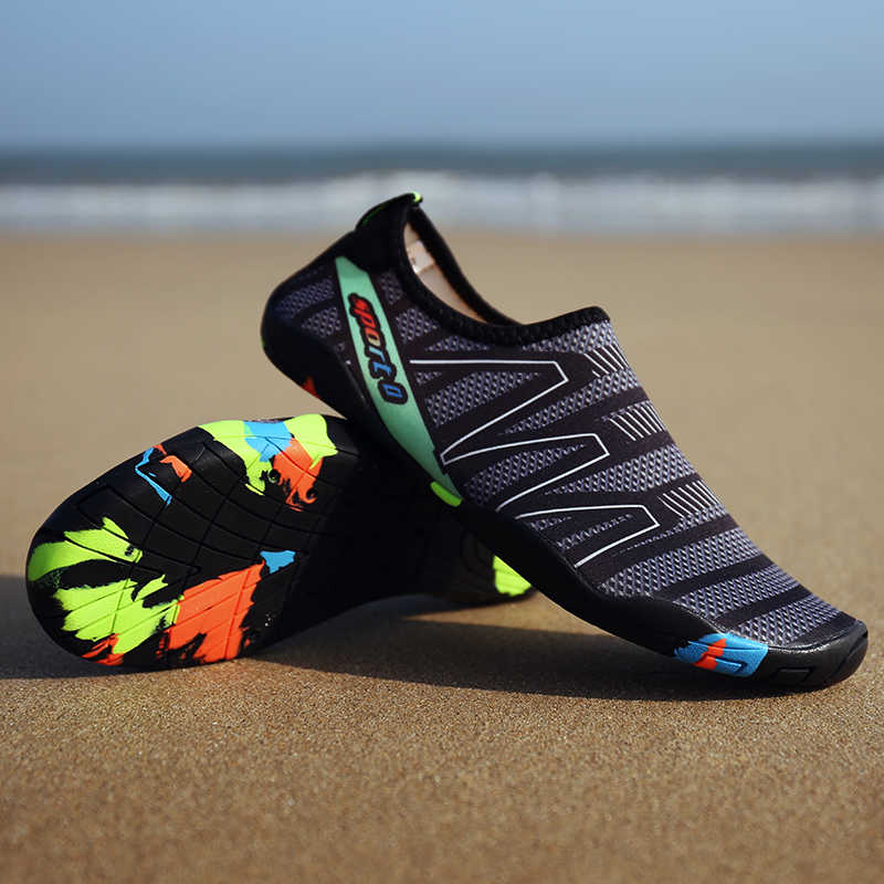 男性のスニーカー水泳の靴裸足の靴女性海ビーチサーフィンウォータースポーツアクア靴ワタリ靴カジュアルシューズ