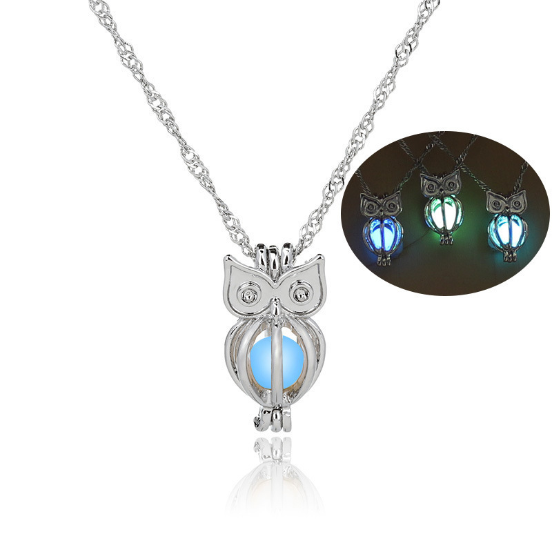 European Pattern Meeting Luminescence Owl Necklace Clavicle Chain Noctilucent Work Pearl Accessories In Stock KTY010 shouzh