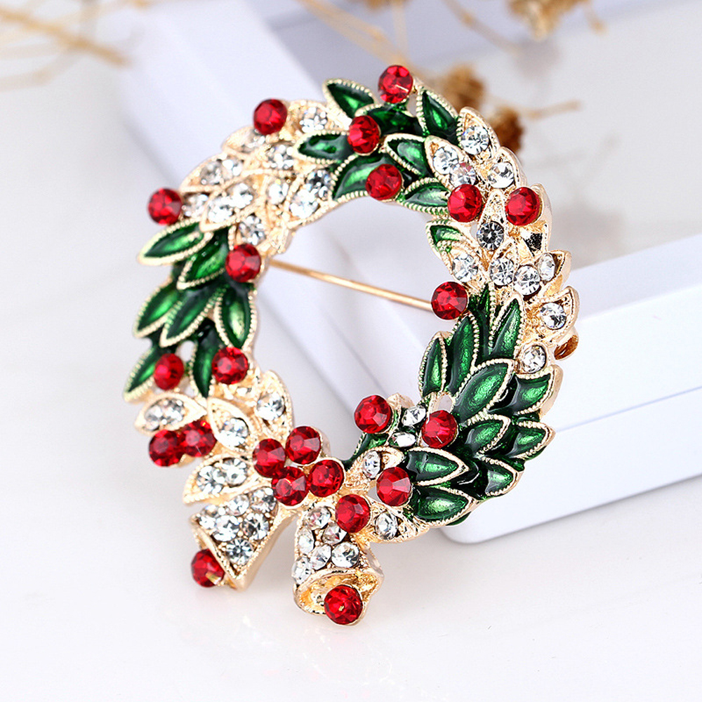 Christmas Brooches And Pins.Us 1 53 48 Off Christmas Brooch Pins Rhinestone Enamel Christmas Wreath Brooches Xmas Badges Jewelry Clothes Accessories In Brooches From Jewelry