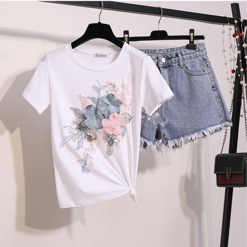 2019 Summer New Women Set Fashion 3d Floral Sequine Embroidery Beading Tshirt Tops+ Tassel Denim Short Pants Suit Two Piece Sets