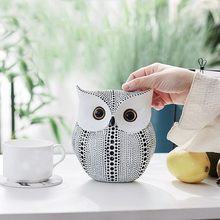 Nordic Style Minimalist Craft White Black Owls Animal Figurines Resin Miniatures Home Decoration Living Room Ornaments Crafts