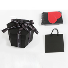 Hands to heart Love Explosion Gift Box