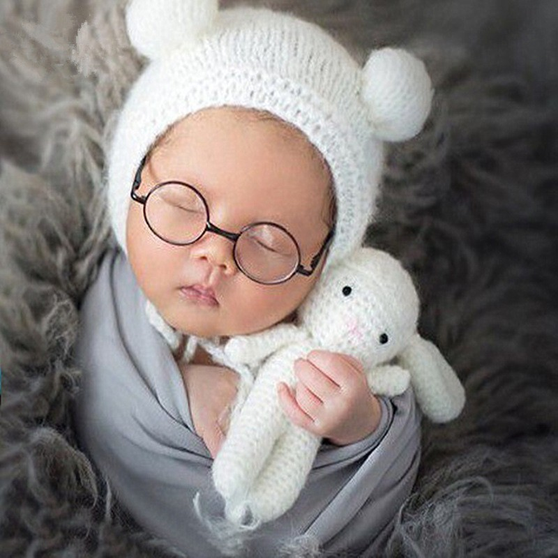 Newborn Photography Props Accessories White Baby Knitted Crochet Hat+Toy Doll Set Baby Photo Props Studio Photography Clothing