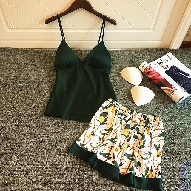 QWEEK פיג 'מה משי נשים Pyjama סקסי קיץ 2019 פרח הדפסת נשים סאטן פיג' מה סט פיג 'מות אופנה Femme עם רפידות חזה