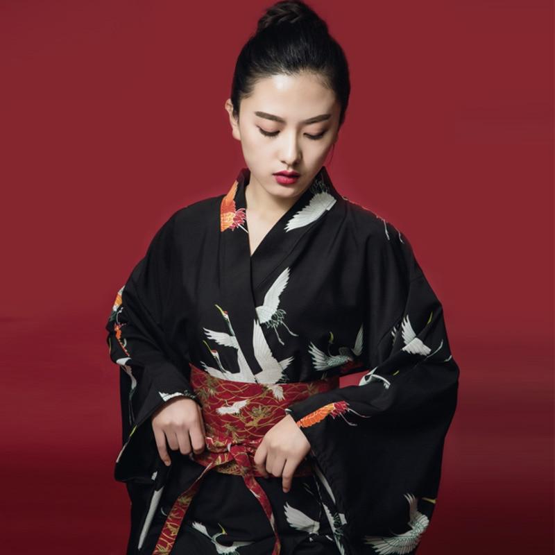 Kimono japonais vêtements avec Obi Kimono japonais traditionnel noir Yukata Costume japonais Haori robe Kimono Geisha H9004
