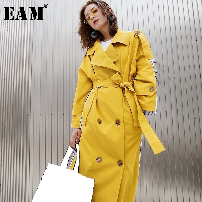 EAM 2019 New Fashion Stripe Patchwork Sashes Back Striped Windbreaker Long Section Turn down Collar