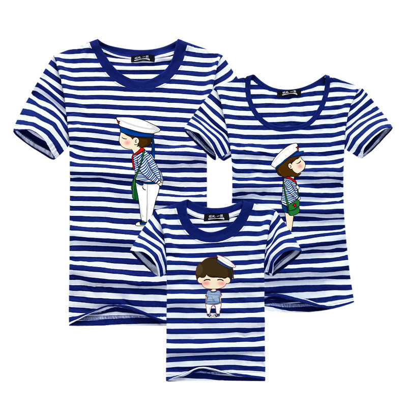 1piece New Fashion Family Matching Outfits T-shirt For mother father Baby Family fitted short-sleeved Navy Stripped Family Shirt