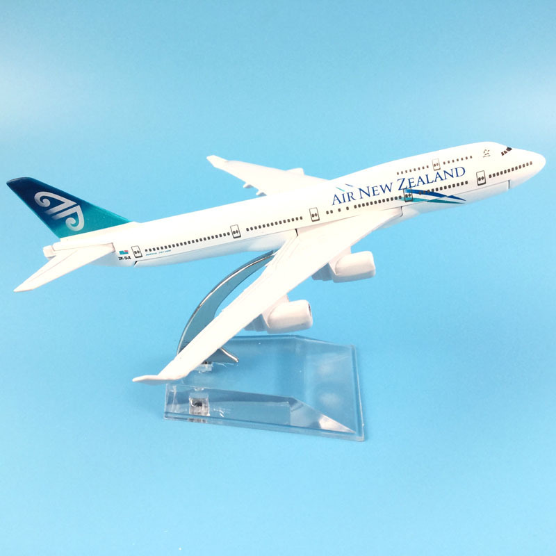 16cm Air New Zealand Boeing 747 Aircraft Model Diecast Metal Model Airplanes 1:400 Metal Aeroplane Plane Airplane Model Toy