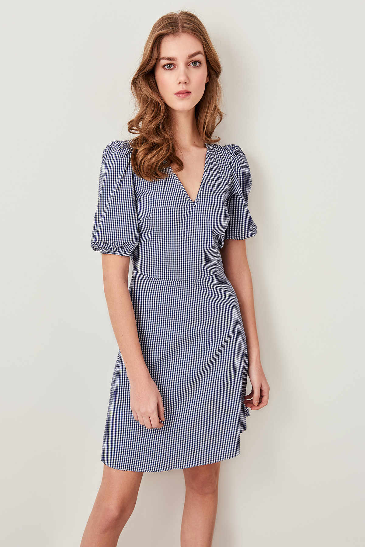 Trendyol темно-синее клетчатое платье TWOSS19LJ0099