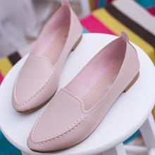 Модные женские лоферы с острым носком; цвет розовый, белый, черный, синий; удобные кожаные туфли из мягкой искусственной кожи без шнуровки; Повседневные балетки на плоской подошве