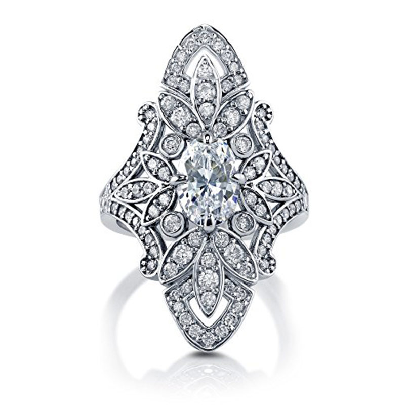 Huitan Bridal Ring with Oval Cutting White Cubic Zircon Prong Setting Bohemian Style Fashion Cocktail Party Rings for Women
