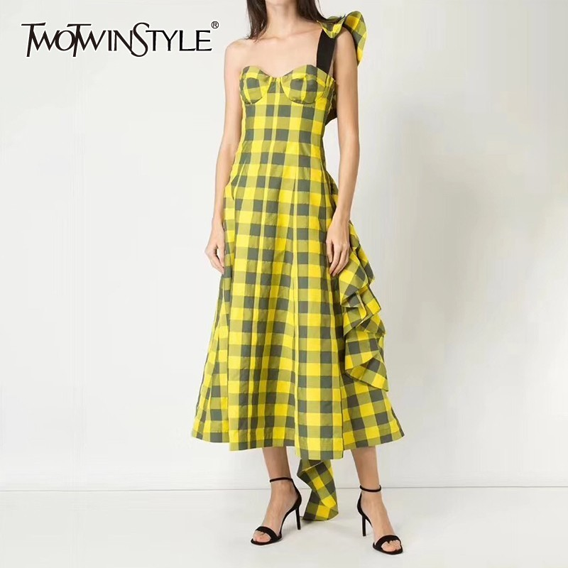 TWOTWINSTYLE Plaid Asymmetrical Women Dress Strapless Off Shoulder Ruffles Long Dresses Female Casual 2019 Summer Fashion
