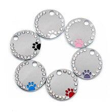 Venta al por mayor, 100 Uds. De etiquetas de diamantes de imitación con bonito círculo de huellas dactilares grabadas, identificación de perro de acero inoxidable, etiquetas de identificación de perro DIY, tienda de mascotas para perro personalizada