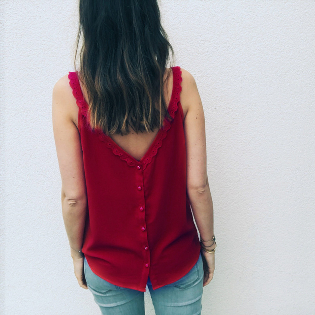 Gentillove Casual Loose Blouse Women 2019 Summer Sexy Sleeveless V Neck Lace Shirts Female Breathable Basic Vest Lady Tanks 4
