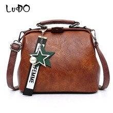 LUCDO Fashion Oil Wax Leather Women Handbag Shoulder Bag Vintage Doctor Messenger Bags Ladies Tassel Rivets Totes Sac A Main