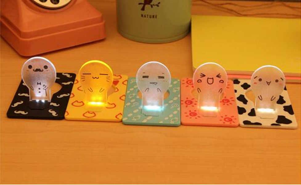 Rozmiar składana karta LED lampka nocna kredytowa latarka kieszonkowa przenośna fajna lampa dziecięca dekoracja wnętrza Home Decor kreatywny prezent