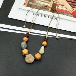 Женская винтажная цепочка из смолы, массивное ожерелье с подвеской из деревянных бусин, массивное ювелирное изделие 20