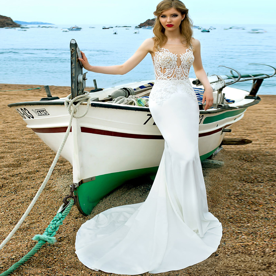 2019 Sexy Beach Mermaid Wedding Dresses Scoop Neck Sleeveless Applique Slim Wedding Gowns Illusion Back Robe De Mariage in Wedding Dresses from Weddings Events