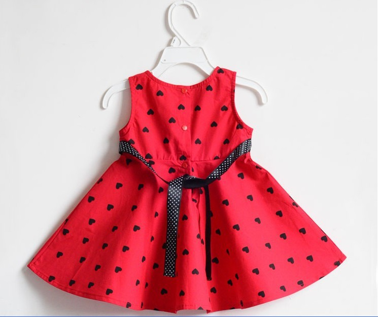 бесплатная доставка, 1 шт./лот, новый переполнение девушки мода в форме сердца с битой конструкция бренда платье, детское платье, цвет красный, размер 2 - 5 год