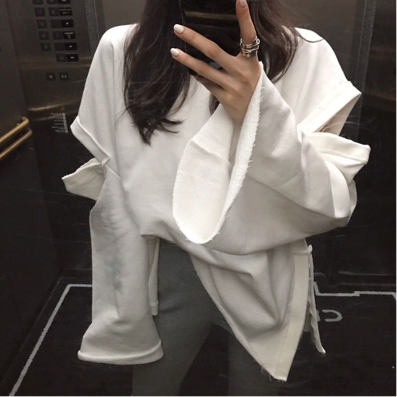 [EWQ] 2020 Spring Autumn Round Collar New Style Batwing Sleeve White Patchwork Pullvoers Casual Loose Sweatshirt Women AD321