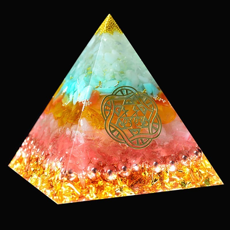 AURAREIKI Orgonite Reiki Pyramid Natural Crystal Chakra Healing Stone That Changes The Fortune Field Of LifeTransparent Pyramid