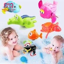 736c3bb49193 Appena nato Sveglio Del Fumetto Tortoise Animale Giocattolo Del Bagno Del  Bambino Infantile di Nuotata Tartaruga