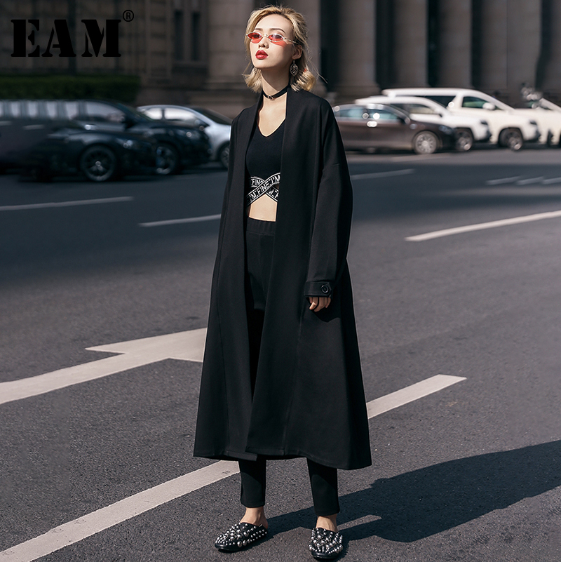 [EAM] 2019 New Spring Winter V-collar Long Sleeve Black Loose Long Big Size Brief Windbreaker Women   Trench   Fashion Tide JO298