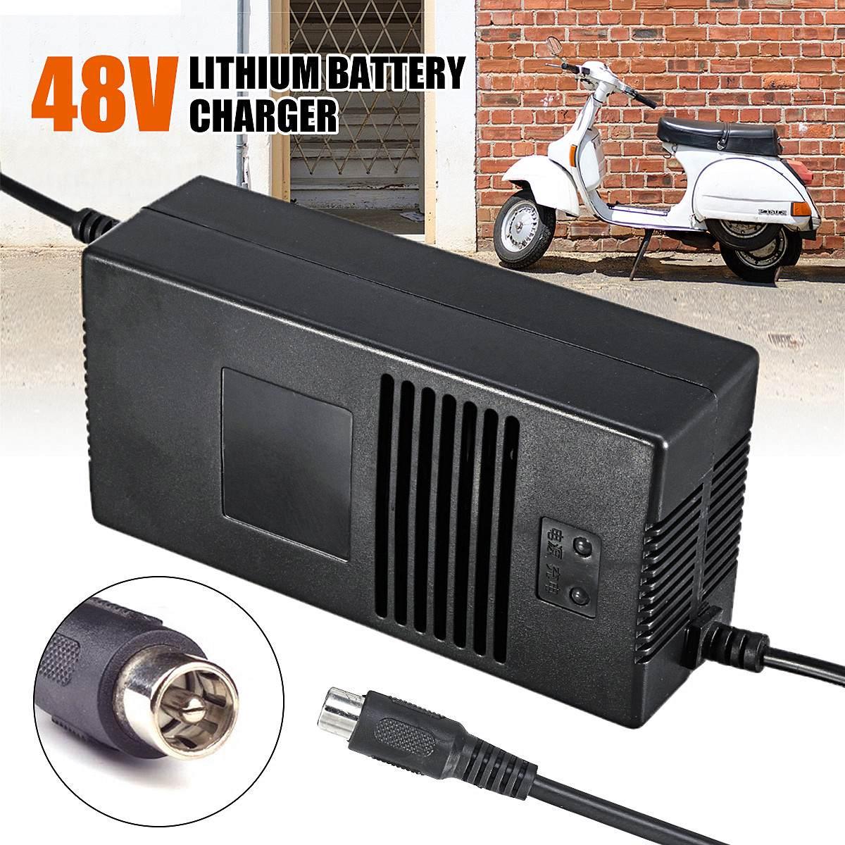 Haute qualité 54.6 V 2A pack connecteur chargeur électrique vélo batterie au lithium chargeur pour batterie au lithium 48 V 2A