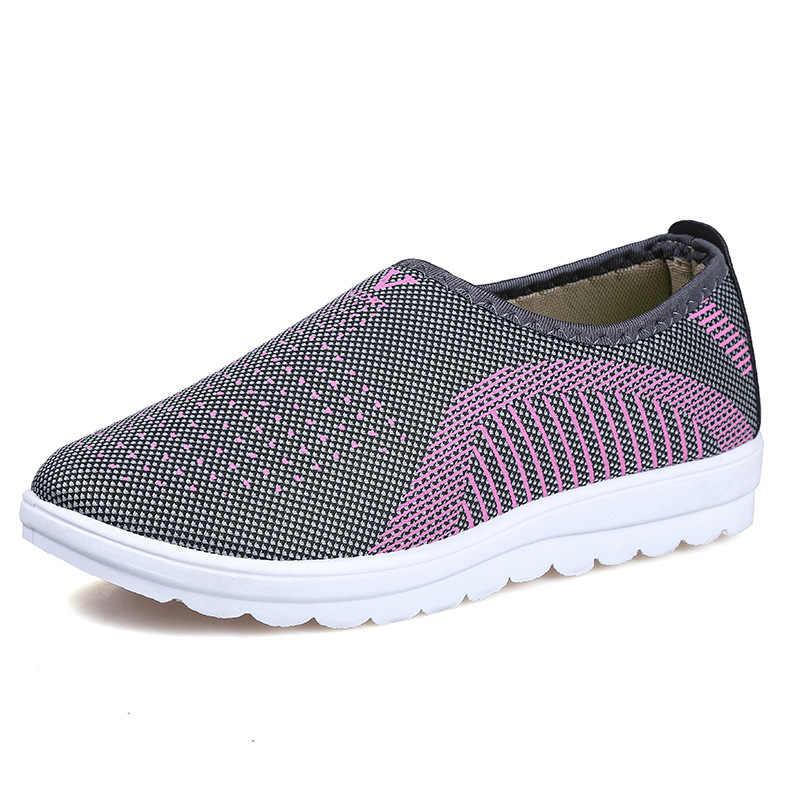 Nhà máy Outlet Mẹ Breathable Slip-On Giày Phụ Nữ Giá Rẻ Thời Trang Ngoài Trời Sneakers Phụ Nữ Phẳng Giày Phụ Nữ Phụ Nữ Da Mùa Hè