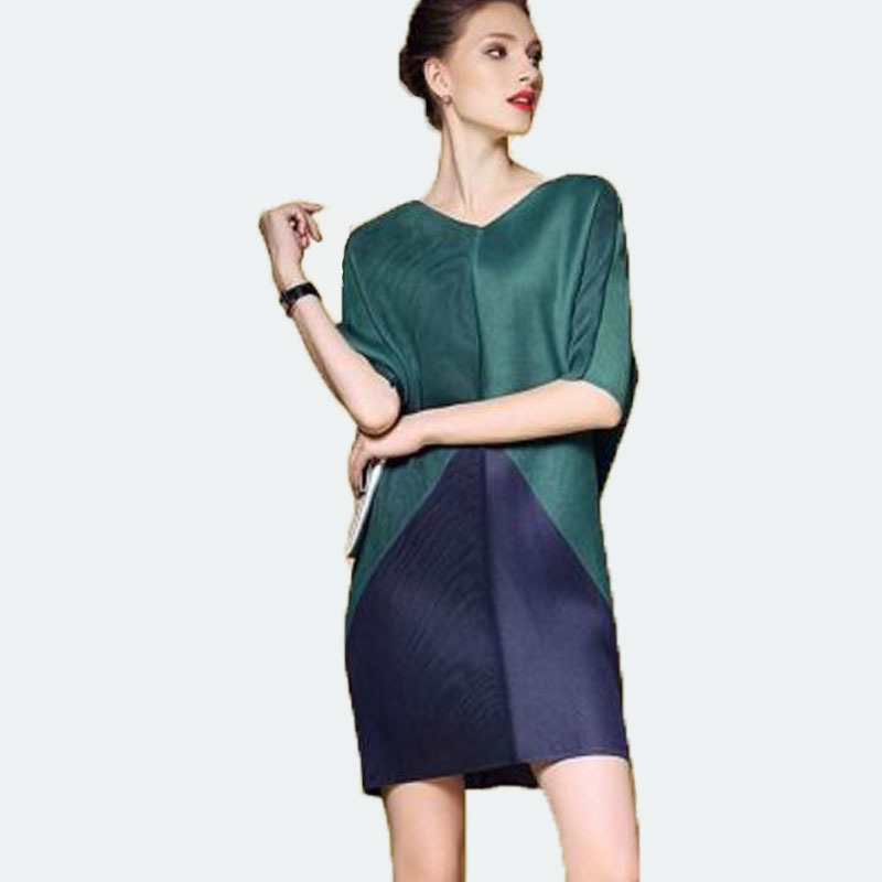 LANMREM 2019 New Fashion Pleated V-neck Collar Half Sleeve Patchwork Hit Color Woman Dress Summer Loose Above Knee Clothes SA567