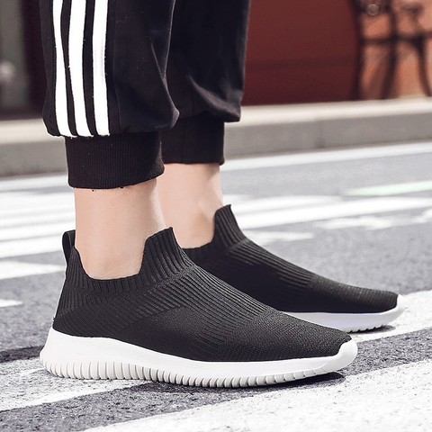 Running Shoes for Man 2019 summer Brand Sports jogging footwear Outdoors Lightweight Breathable man sock Sneakers hot sell Islamabad