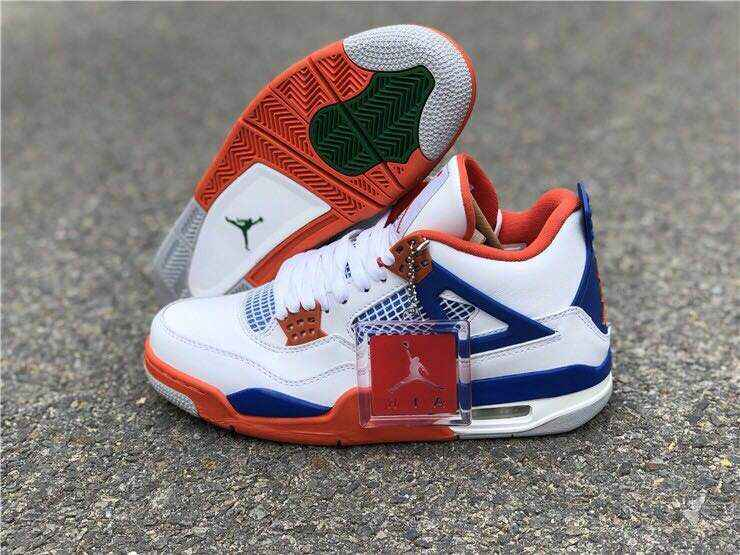 443c3644653f 2018 Jordan Basketball shoes Men Jordan Air Retro 4 IV bred Fire Red Oreo  White Cement