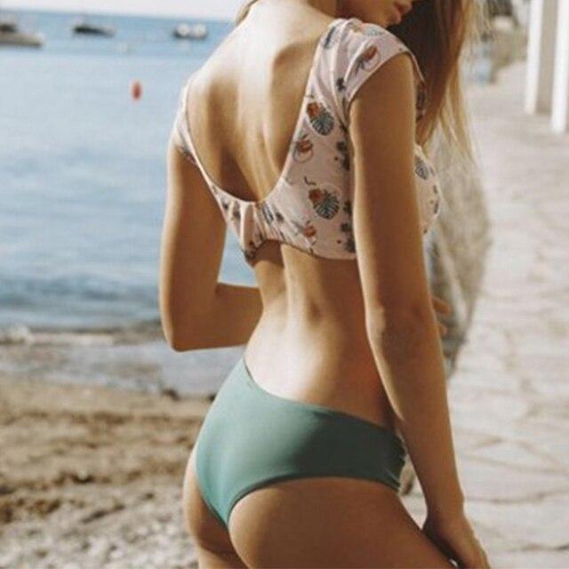 Summer 2019 new bathing suit Print sexy two-piece suit Short sleeve bikini set sexy swimsuit female swimwear Sheer bikini bottom