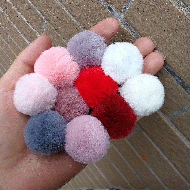 3CM~4CM 1PC Fluffy Cute Mini Pompom faux Rabbit Fur Ball KeyChain Women Accessories Artificial Key Ring  DIY Earring Accessories