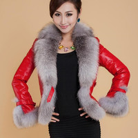 2019 Autumn / winter Jacket woman fur coat fashion imitation fox fur collar women coat slim short PU leather coat