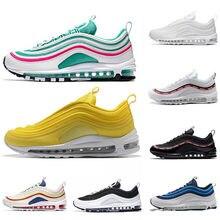 best service 2e828 ddab4 Nouveau Max 97 chaussures de course Triple blanc noir jaune Og métallisé or  argent balle hommes formateur Air 97 s femmes sport .