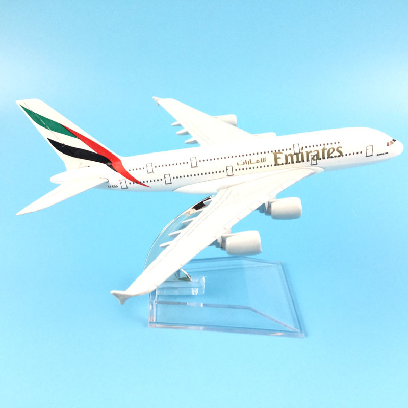 Aircraft Model Emirates Airbus A380 16cm Metal Diecast Model Plane Airplane Model Kids Toys