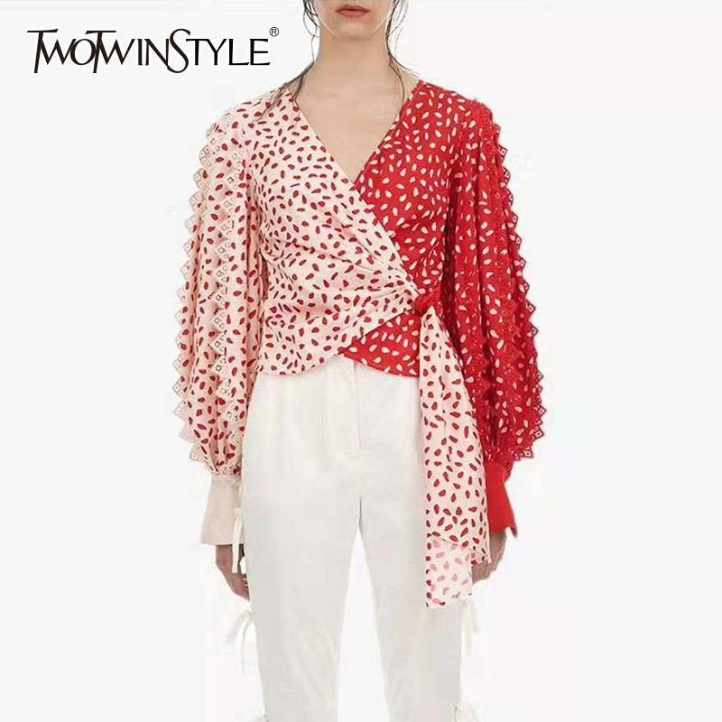 TWOTWINSTYLE Patchwork Lace Print Shirts Blouse Women V Neck Puff Sleeve Bandage Hit Colors Crop Tops Female 2020 Spring Fashion
