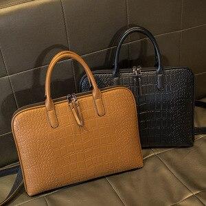 Image 2 - رجال الأعمال حقيبة جلدية حقيبة يد امرأة عادية Totes14.1 15.6 بوصة حقيبة لابتوب حقائب مكتبية الكتف للسيدات حقائب