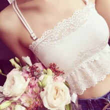 Online shop explosions beauty back girl wrapped chest lace anti-glare tube top bottoming strap