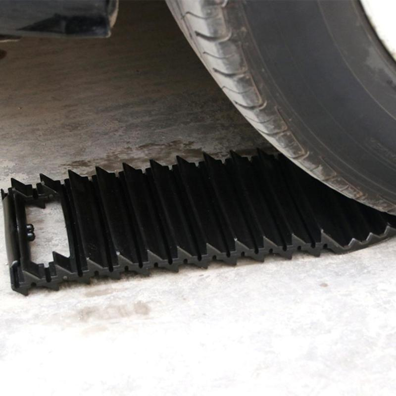 Universal Car Wheel Tyre Grip Tracks Tire Traction Mat Non Slip Snow Mud Sand Track Auto Road Trouble Clearer Emergency Tools